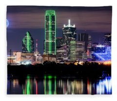 Dallas Cowboys Star Skyline Fleece Blanket