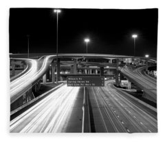 Dallas High Five Bw Fleece Blanket