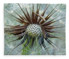 Dandelion Seeds Fleece Blanket