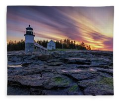 Dawn Breaking At Marshall Point Lighthouse Fleece Blanket