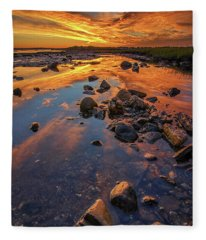 Dawn At Pott's Point Fleece Blanket