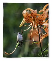 Day Hummer Fleece Blanket
