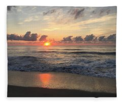 Daybreak At Cocoa Beach Fleece Blanket