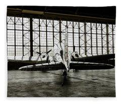 Dc-3 Fleece Blanket