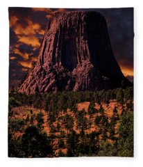Devils Tower Sunrise Fleece Blanket