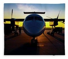 Dhc-8-300 Refueling Fleece Blanket