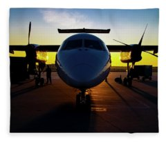 Dhc-8-300 Refueling Fleece Blanket