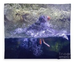 Distortion Fleece Blanket