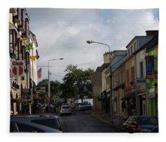Donegal Town 4118 Fleece Blanket