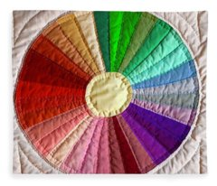 Dresden Plate Circle Fleece Blanket