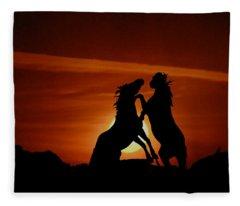 Duel At Sundown Fleece Blanket