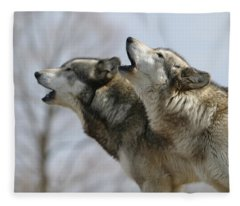 Duet Howl Fleece Blanket