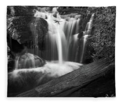 Dukes Creek Falls 4 Fleece Blanket