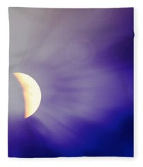 Aries Moon During The Total Lunar Eclipse 3 Fleece Blanket