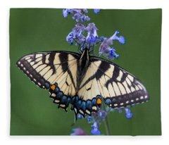 Eastern Tiger Swallowtail Wingspan Fleece Blanket