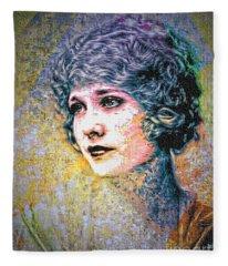 Edwardian Look - 1920s Fleece Blanket