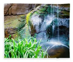 El Paso Zoo Waterfall Long Exposure Fleece Blanket