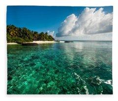 Emerald Purity. Maldives Fleece Blanket