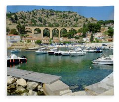 Ensues La Redonne Sea Resort Fleece Blanket