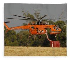 Erickson Air Crane Sikorsky S64e Skycrane N247ac Tanker 744 Fleece Blanket