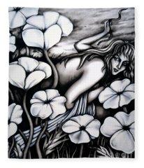 Eva Fleece Blanket