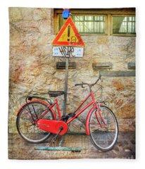Exclamation Hot Bicycle Fleece Blanket