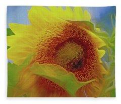 Eye Of The Sunflower Fleece Blanket
