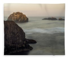 Face Rock Sunrise Fleece Blanket