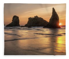 Face Rock Sunset Fleece Blanket