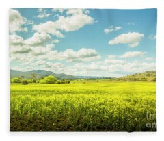 Farmland Colour Fleece Blanket