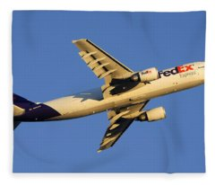 Fedex Airbus A300f4 605r N692fe Phoenix Sky Harbor December 23 2010 Fleece Blanket