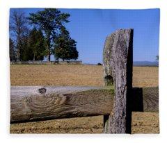 Fence And Farm On A Civil War Battlefield In Antietam Creek Mary Fleece Blanket