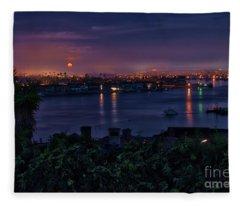 First Moonset Of 2018 Fleece Blanket