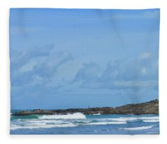 Fishing At Kare Kare Fleece Blanket