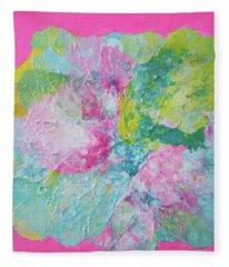 Abstract Flower In Pink Surround Fleece Blanket