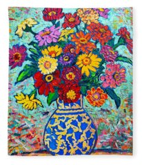 Flowers - Colorful Zinnias Bouquet Fleece Blanket