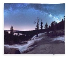 Flowing Dreams - Emerald Bay By Brad Scott Fleece Blanket