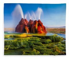 Fly Geyser Panorama Fleece Blanket