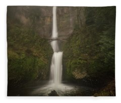 Foggy Multnomah Falls Fleece Blanket