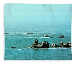 Sunny Blue Pacific Ocean Along The Oregon Coast Fleece Blanket