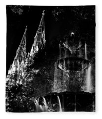 Fountain And Spires Fleece Blanket
