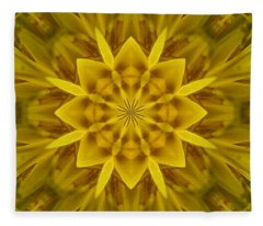Fractal 10 Fleece Blanket