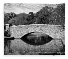 Freedom Park Bridge In Black And White Fleece Blanket