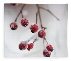 Frosted Berries Fleece Blanket