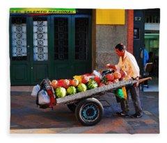 Fruta Limpia Fleece Blanket