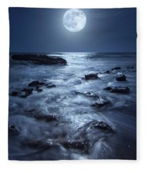 Full Moon Rising Over Coral Cove Beach In Jupiter, Florida Fleece Blanket