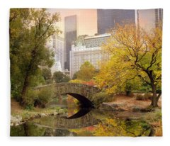 Gapstow Bridge Reflections Fleece Blanket