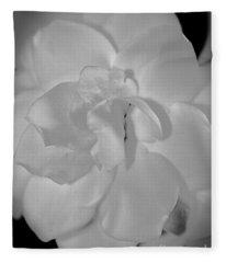 Gardenia Glamour Shot Fleece Blanket