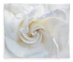 Gardenia Macro Fleece Blanket