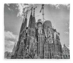 Gaudi La Sagrada Blk Wht Fleece Blanket